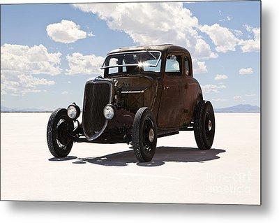 Classic Hotrod On Utah Salt Flats. Metal Print by Paul Edmondson