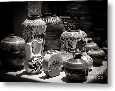 Clay Pots Black And White Metal Print by Sherry Davis
