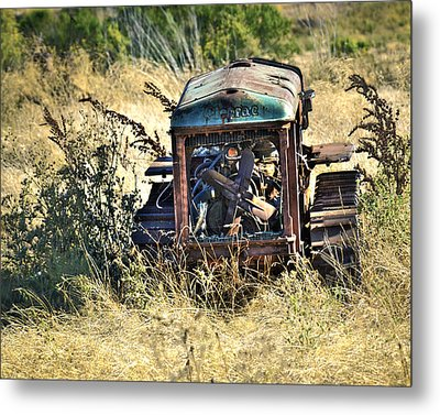 Metal Print featuring the photograph Cletrac Tractor by William Havle