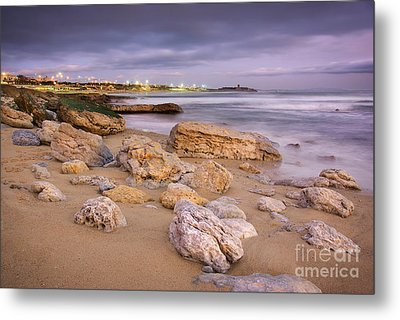 Coastline At Twilight Metal Print by Carlos Caetano