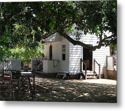 Colonial Weaver's Building Metal Print by Lisa A Bello