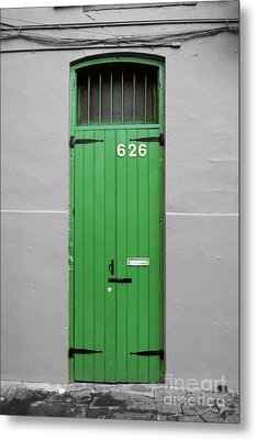 Colorful Arched Doorway French Quarter New Orleans Color Splash Black And White Metal Print