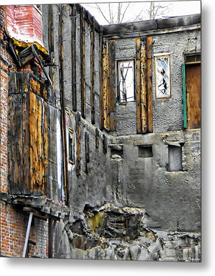 Condemned Metal Print by Michelle Frizzell-Thompson