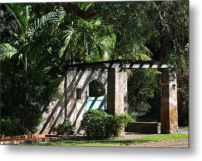 Metal Print featuring the photograph Coral Gables Gate by Ed Gleichman