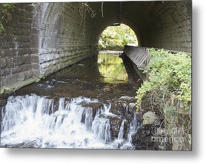 Metal Print featuring the photograph Corbetts Glen by William Norton