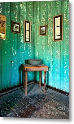 Corner Of Slave Cabin At San Francisco Plantation Metal Print by Kathleen K Parker