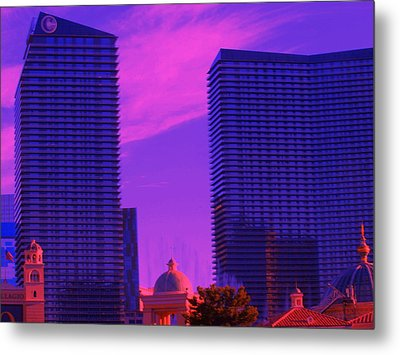 Cosmopolitan Sunset Metal Print by Linda Edgecomb