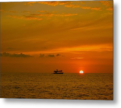Metal Print featuring the photograph Costa Rica Sunset by Eric Tressler