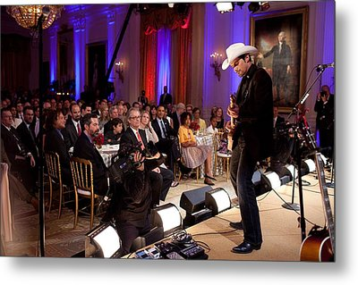 Country Singer Brad Paisley Performs Metal Print by Everett