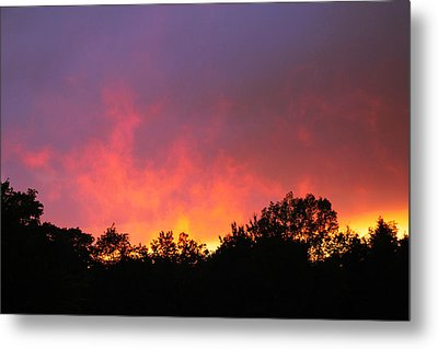 Metal Print featuring the photograph Crepuscule by Bruce Patrick Smith