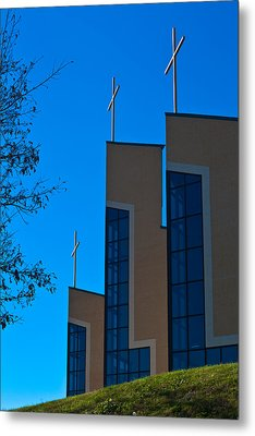 Metal Print featuring the photograph Crosses Of Livingway Church by Ed Gleichman