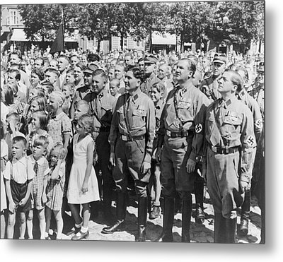 Crowd Of Germans Adults And Children Metal Print by Everett
