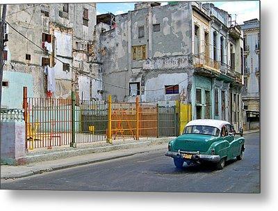 Metal Print featuring the photograph Cuba Vintage American Car  by Lynn Bolt