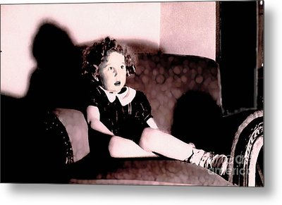 Metal Print featuring the photograph Daddy's Chair by David Klaboe