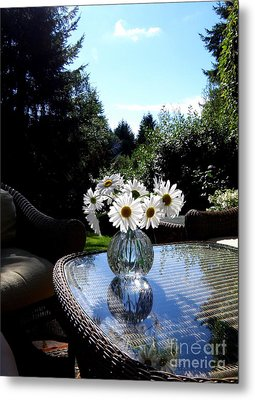 Daisy Bouquet In The Afternoon Light  2 Metal Print by Tanya  Searcy