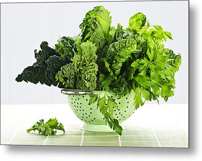 Dark Green Leafy Vegetables In Colander Metal Print by Elena Elisseeva