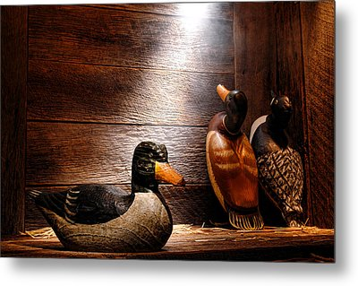 Decoys In Old Hunting Cabin Metal Print by Olivier Le Queinec