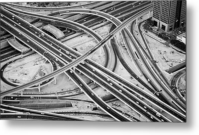 Defence Roundabout In Dubai Metal Print by Momentaryawe.com