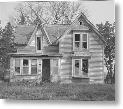 Metal Print featuring the photograph Defiance B/w by Bonfire Photography