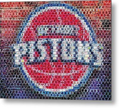 Detroit Pistons Mosaic Metal Print by Paul Van Scott