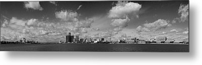 Detroit Skyline In Black And White Metal Print by Twenty Two North Photography
