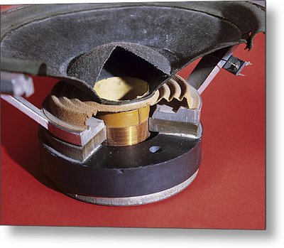 Dismantled Loudspeaker Metal Print by Andrew Lambert Photography