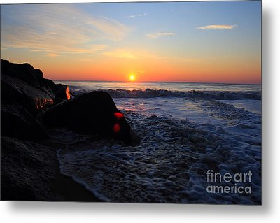 Metal Print featuring the photograph Distant Shore by Everett Houser