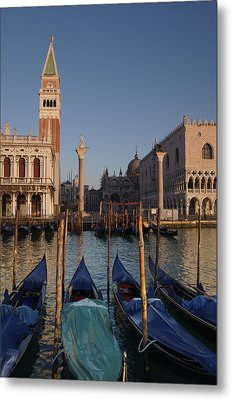 Doges Palace And San Marcos Bell Tower Metal Print by Jim Richardson