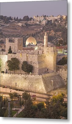 Dome Of The Rock With Tower Of David Metal Print by Richard Nowitz