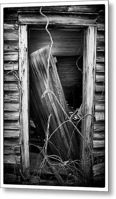 Door Bw Metal Print by Mark Wagoner