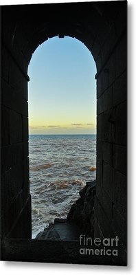 Doorway To The Sea Metal Print by Nabucodonosor Perez