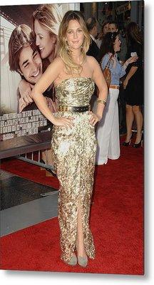 Drew Barrymore Wearing A Catherine Metal Print by Everett