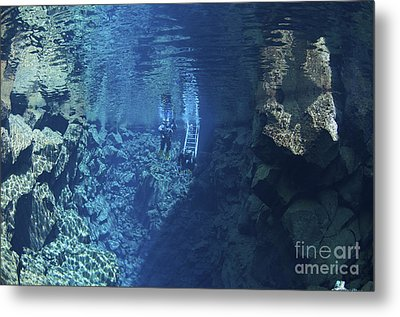 Dry Suit Divers Entering The Gin Clear Metal Print by Mathieu Meur