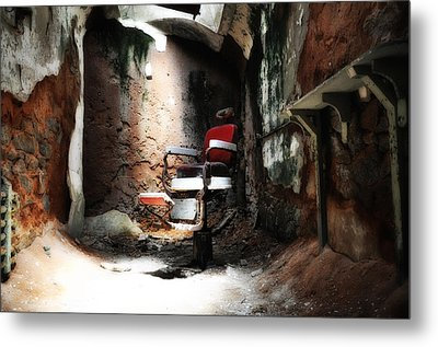 Eastern State Penitentiary - Barber's Chair Metal Print by Bill Cannon
