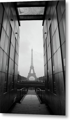 Eiffel Tower And Wall For Peace Metal Print