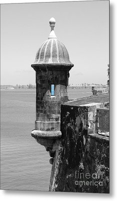 El Morro Sentry Tower Color Splash Black And White San Juan Puerto Rico Metal Print