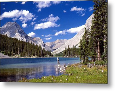 Metal Print featuring the photograph Elbow Lake by Jim Sauchyn