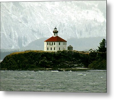 Metal Print featuring the photograph Eldred Rock Lighthouse by Myrna Bradshaw