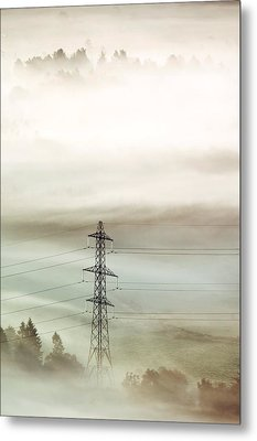 Electricity Pylon In Fog Metal Print by Duncan Shaw