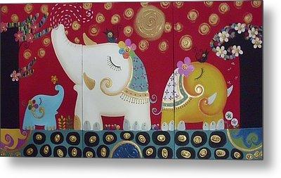 Elephant Family. Metal Print by Suwannee Wannasopha