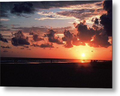 End Of Perfect Day Metal Print by Sgt Donald Lee Handley