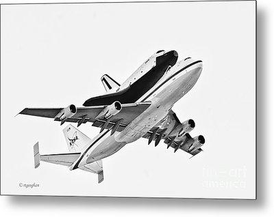 Enterprise Shuttle Ny Flyover Metal Print by Regina Geoghan