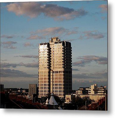 Evening View Of Murray John Tower In Swindon Metal Print