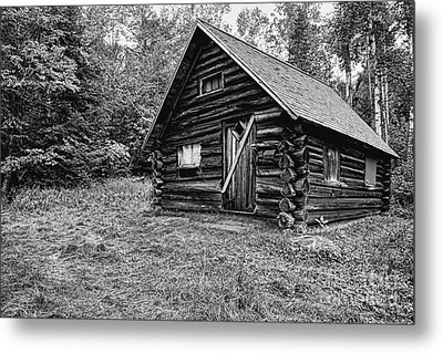 Fabyan Guard Station - White Mountains New Hampshire Usa Metal Print by Erin Paul Donovan