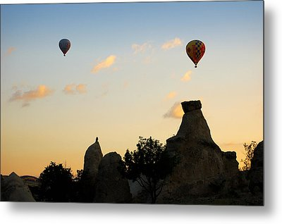 Fairy Chimneys And Balloons Metal Print by RicardMN Photography