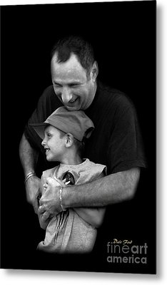 Feeling The Love Metal Print by Dale   Ford