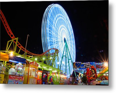 Ferris Wheel At Night Metal Print by Stelios Kleanthous