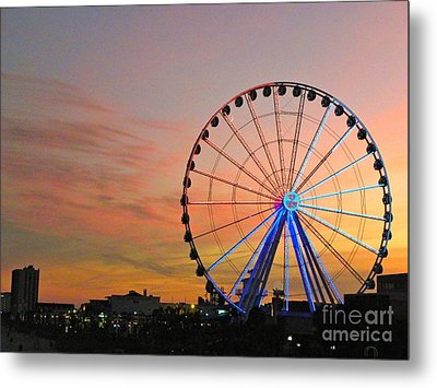 Metal Print featuring the photograph Ferris Wheel Sunset 2 by Eve Spring