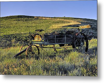 Metal Print featuring the photograph Fertilizer Spreader by Stephen  Johnson