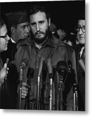Fidel Castro Arrives Mats Terminal Metal Print by Everett